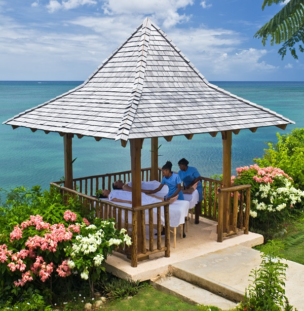 Couples massage in the Gazebo, Spas in St Lucia. All inclusive resorts in St Lucia. Calabash Cove Resort and Spa Hotel in St. Lucia- Adults Only Resort. All inclusive resorts in St Lucia, Places to stay in St Lucia. Adult only resorts in St Lucia.