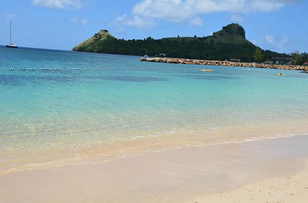 Booking an all inclusive trip to Sr Lucia on a budget. Places to stay in St Lucia. What to do in St Lucia. Things to visit in St Lucia. The best all inclusive resorts in St Lucia. What to wear in St Lucia. What hotels are in St Lucia. Places to eat in St lucia. Best places to visit in the Caribbean.