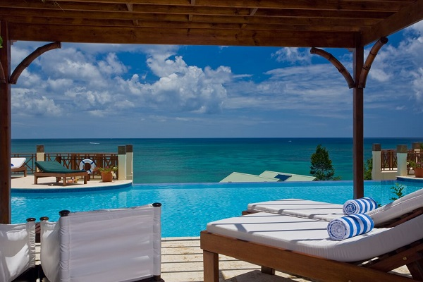 Swim up Jr. Suite patio - Calabash Cove. Calabash Cove Resort and Spa Hotel in St. Lucia- Adults Only Resort. All inclusive resorts in St Lucia, Places to stay in St Lucia. Adult only resorts in St Lucia.