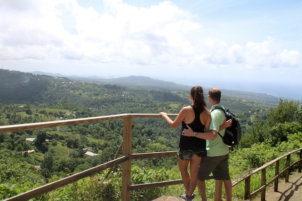 The Best of St Lucia with Kayla. Booking an all inclusive trip to Sr Lucia on a budget. Places to stay in St Lucia. What to do in St Lucia. Things to visit in St Lucia. The best all inclusive resorts in St Lucia. What to wear in St Lucia. What hotels are in St Lucia.
