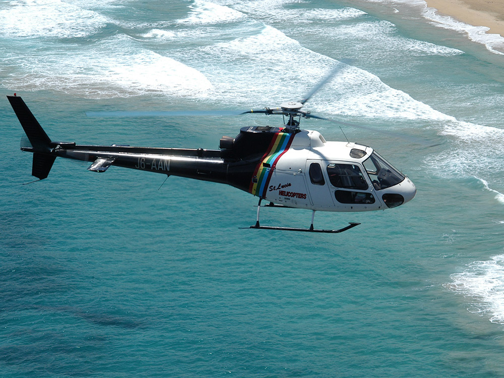 Helicopter tours St.Lucia pic